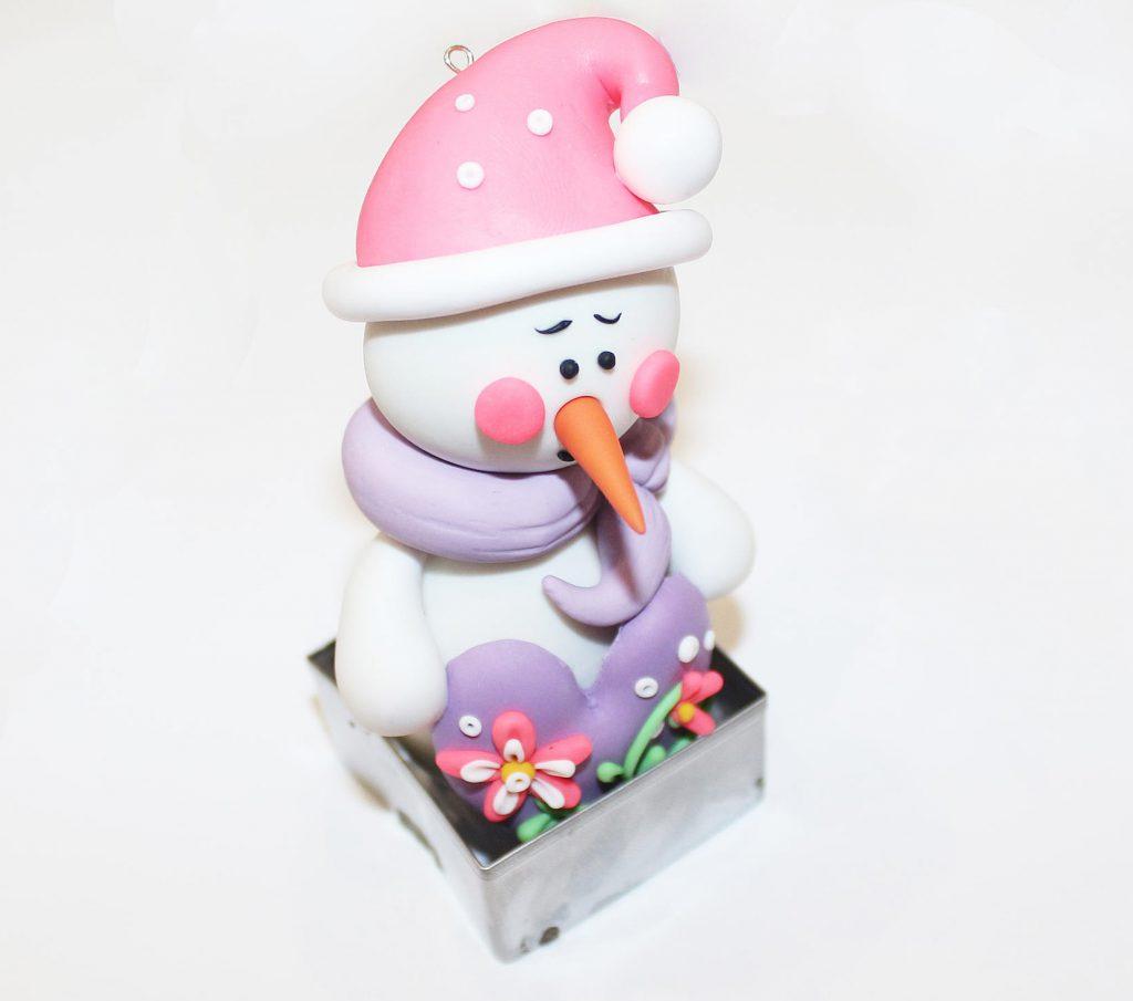 Снеговик из полимерной глины своими руками