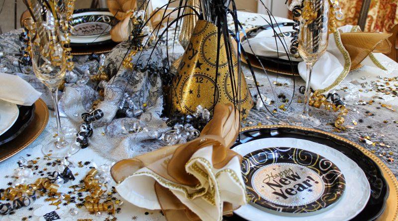 Праздничный стол на Новый год 2018