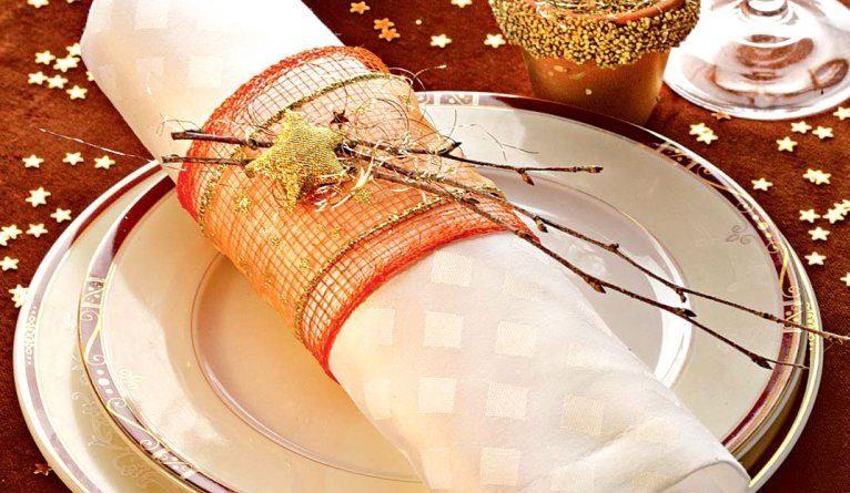 Идеи создания новогодних колец для салфеток