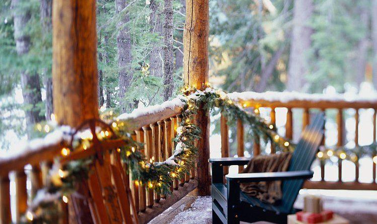 Как украсить веранду на Новый год