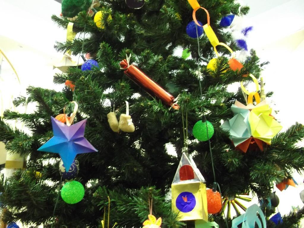 Новогодняя елка в детском саду