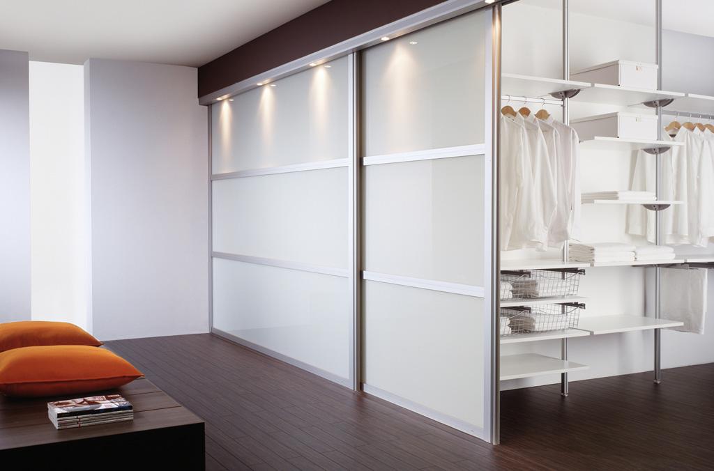 Встроенный шкаф с раздвижными дверьми своими руками 41