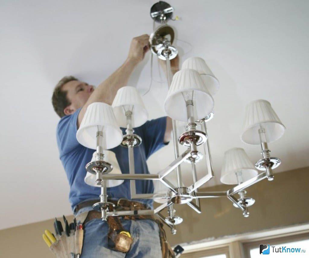 Монтаж люстры на бетонный потолок