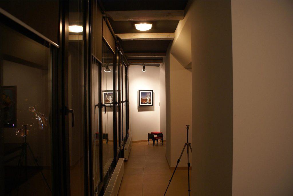 Недостаточное освещение в коридоре