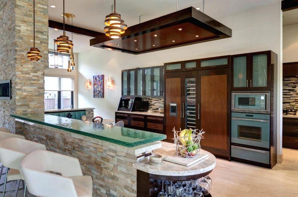 Свет над барной стойкой на кухне