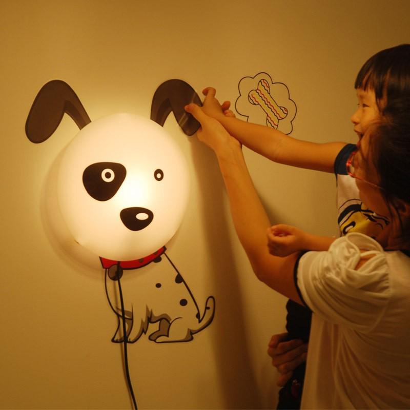 Оригинальный светильник для детской