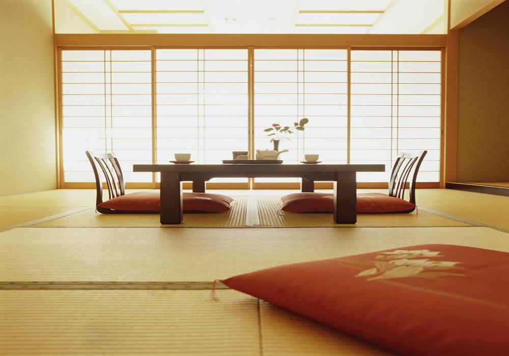 Стол в японском стиле