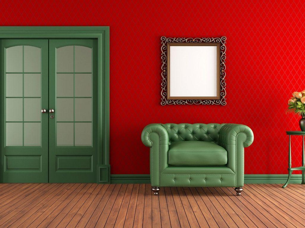 Зеленые двери и красные стены