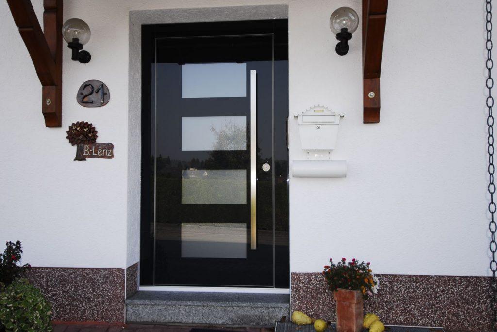 Комбинированные входные двери