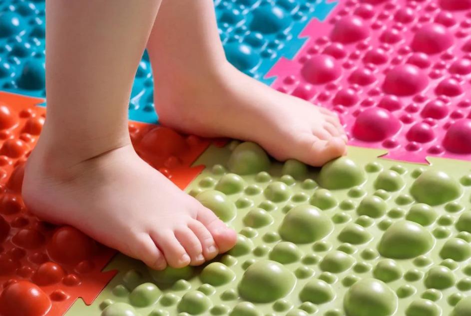 Массажный детский коврик-пазл