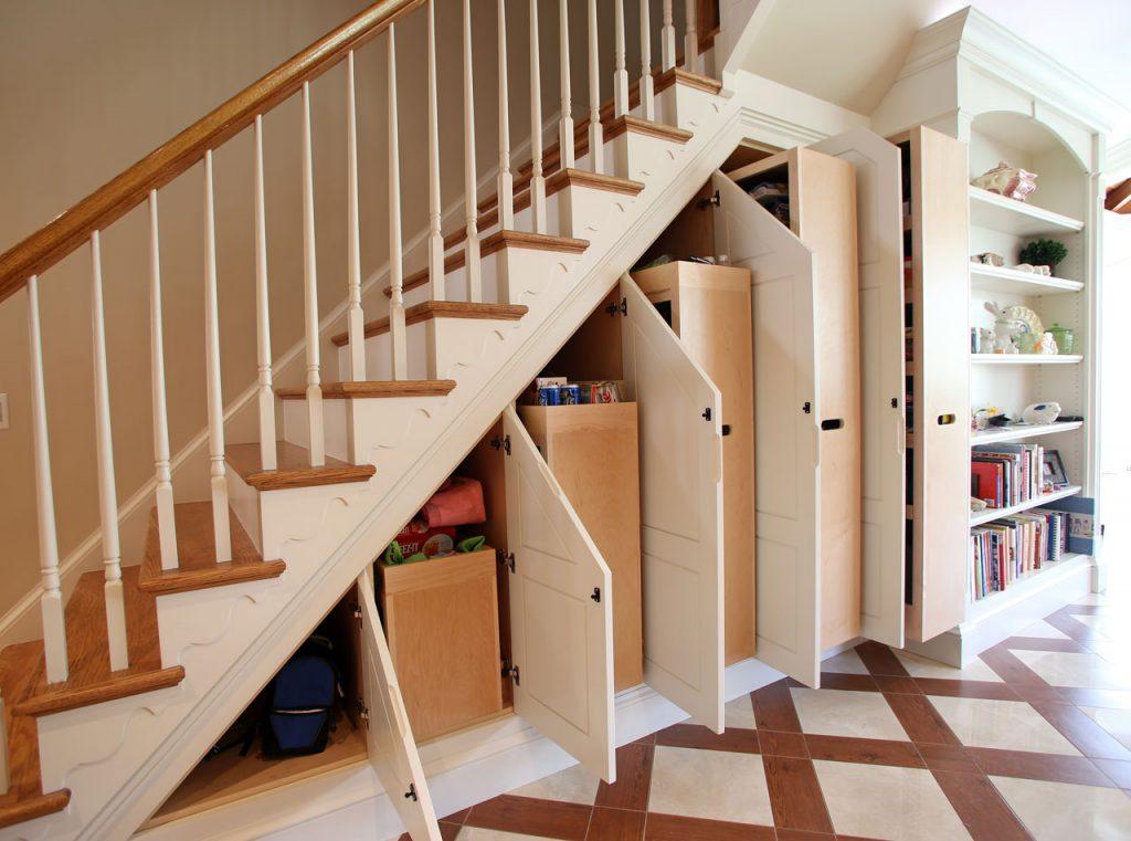 Лестница кладовка