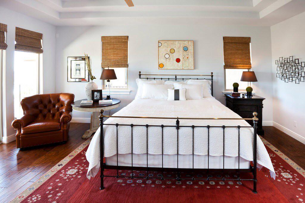 Классическая схема расположения ковра в спальне