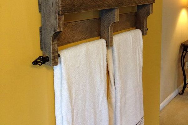 Вешалка для полотенец в ванную своими руками из дерева фото