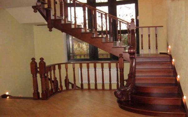 Купить балясины из дерева для лестницы - цена, фото Дуб
