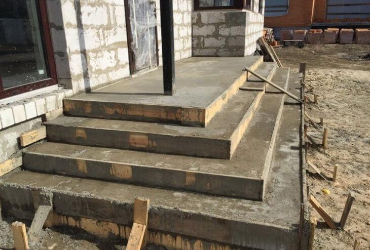 Полукруглые ступени крыльца из бетона своими руками фото 566