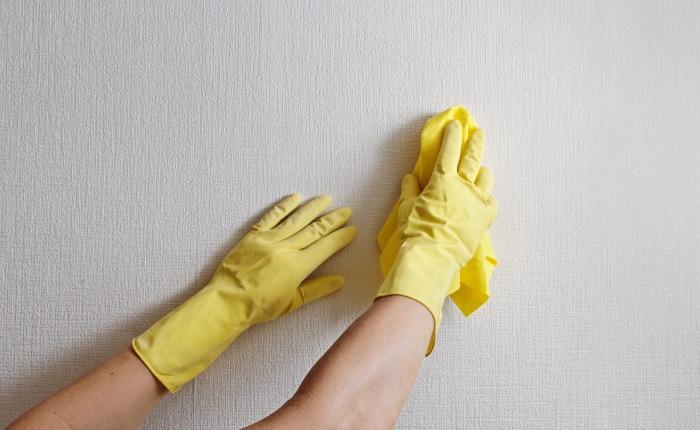 Как очистить белую стену от пятен фото