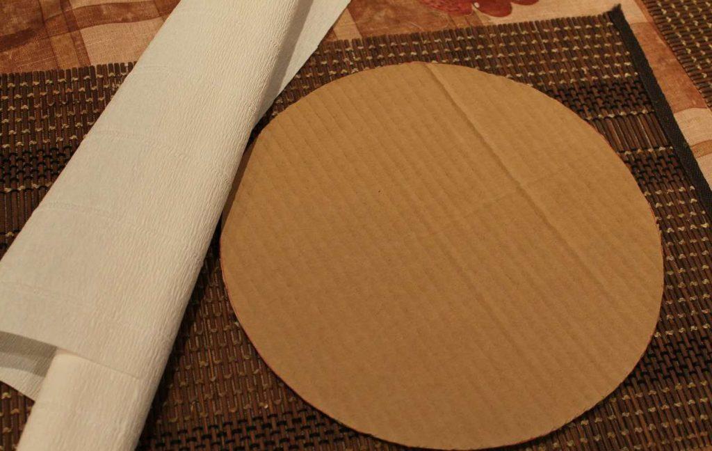 Шаблон из картона для создания помпонов