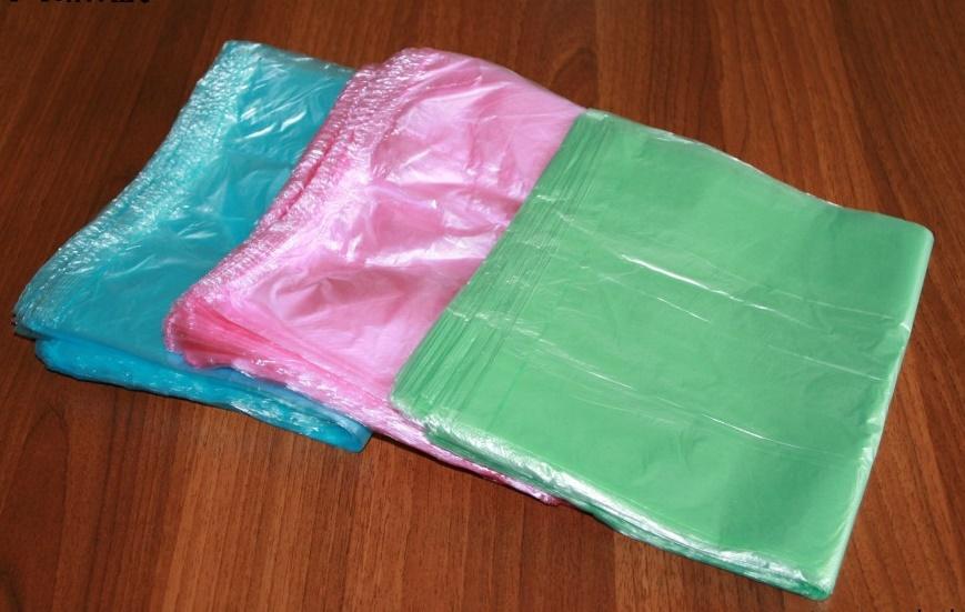 Мусорные пакеты для создания помпонов