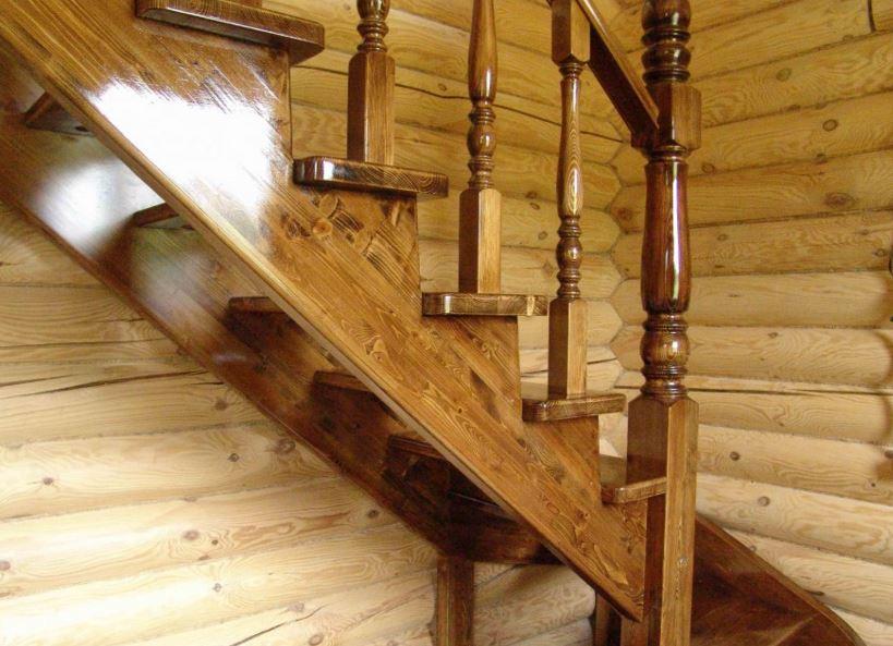 Лакировка деревянной лестницы своими руками