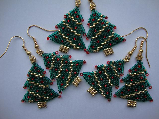 Мастер-класс по новогодней елке из бисера для начинающих: схема плетения с фото и видео