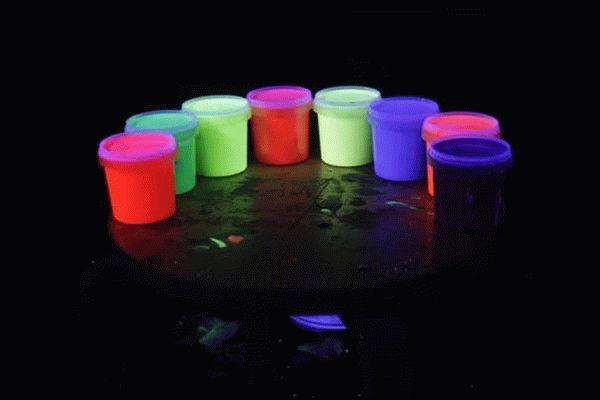 Люминесцентной краской своими руками 12