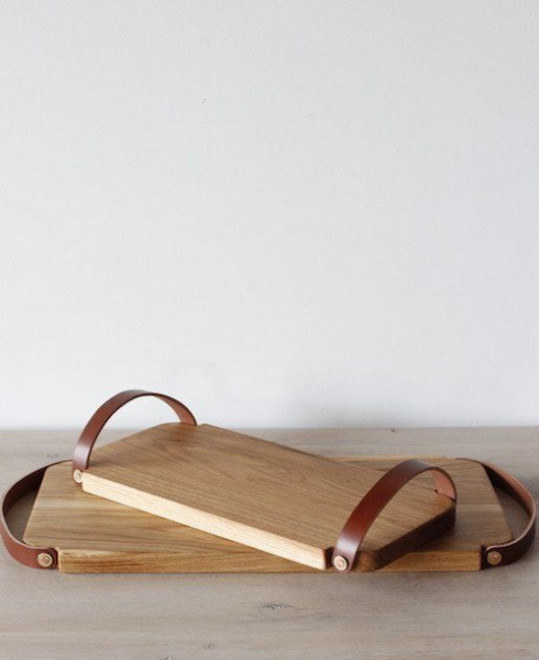 Креативный деревянный поднос с кожаными ручками своими руками в фото
