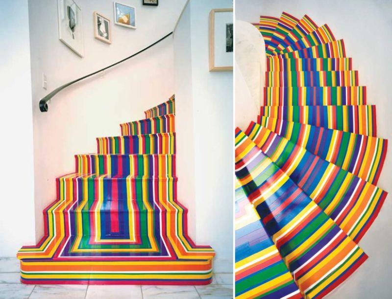 Декоративная покраска лестницы в несколько цветов