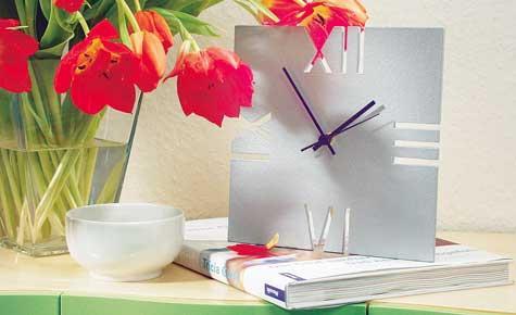 Простые, стильные и оригинальные часы своими руками в фото