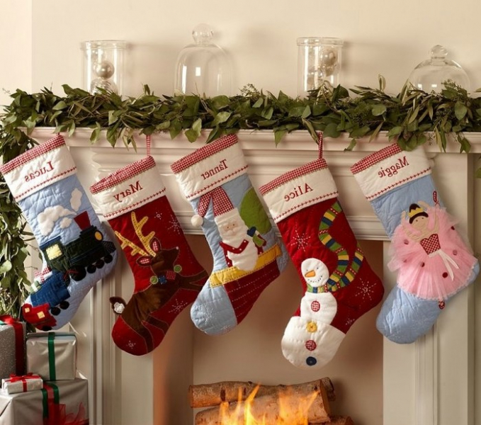 Поделки: Новогодние чулки и сапожки для Санта Клауса (14 фото) в фото
