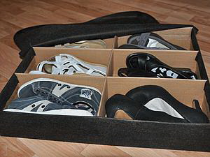 Практичный самодельный короб для хранения шести пар обуви в фото