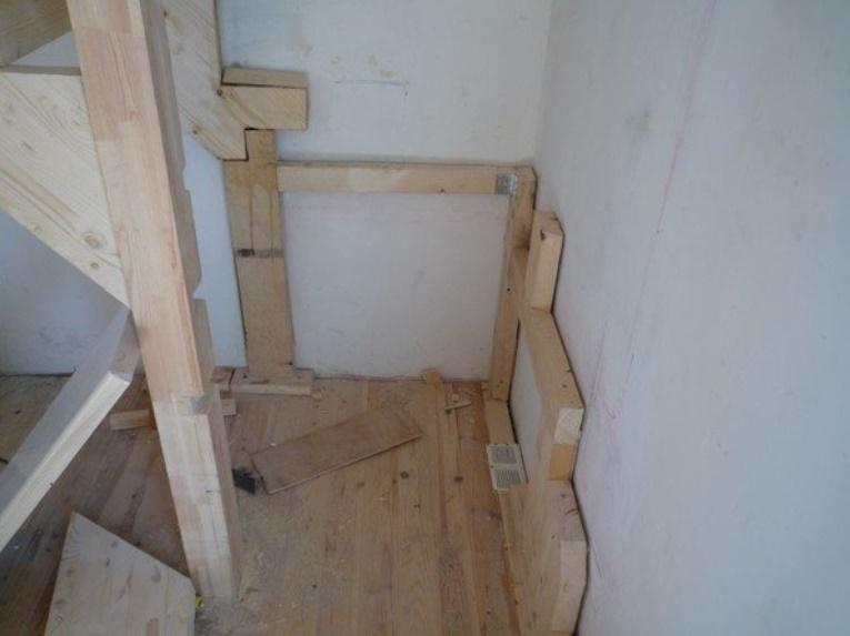 Монтаж лестницы с забежными ступенями своими руками