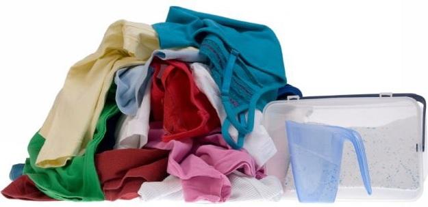 Чем вывести полинявшее пятно на одежде фото