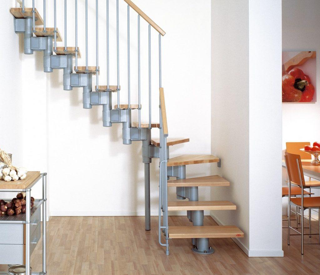 Металлическая модульная лестница