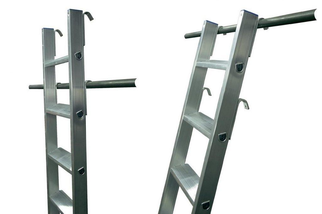 Приставная лестница со съемными крюками