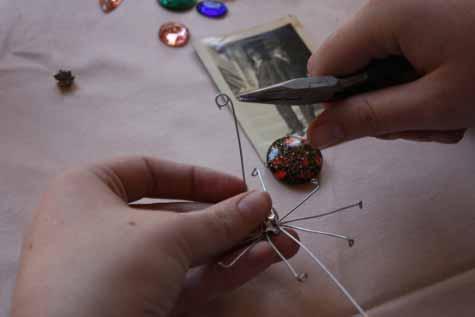 Украшения ручной работы | Жучки-паучки в фото