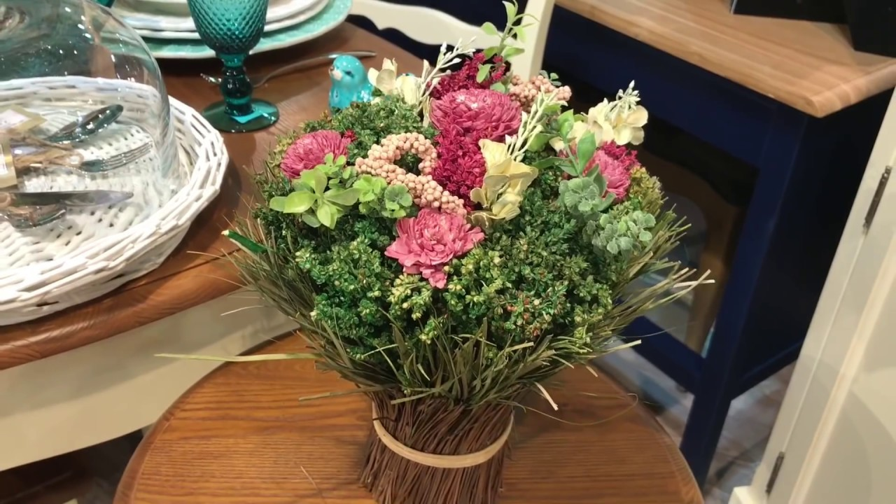 Цветущий интерьер: украшаем квартиру цветами