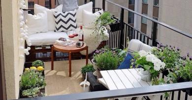 как задекорировать балкон
