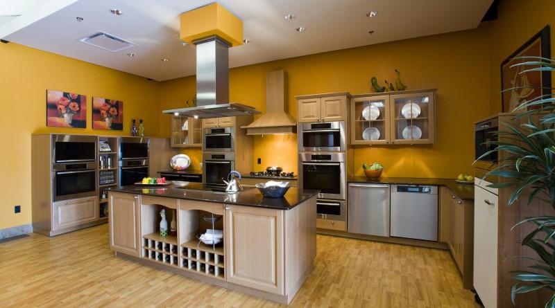 как выбрать цвет стен на кухне