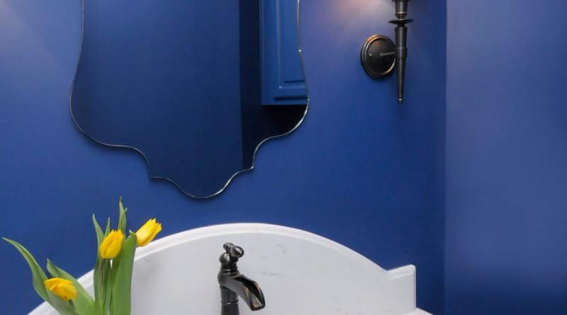 как покрасить ванную комнату своими руками