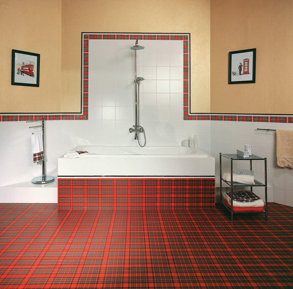 декор плитки в ванной