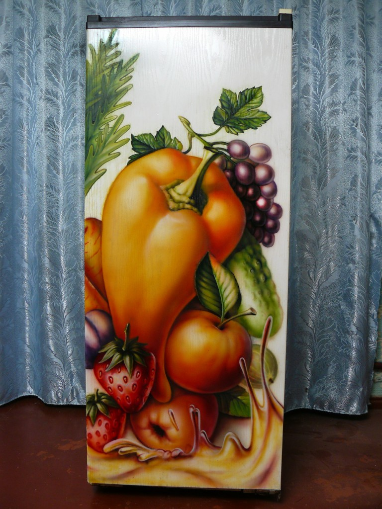 декупаж холодильника салфетками