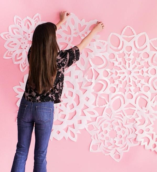 Как украсить стены в детском саду на Новый год