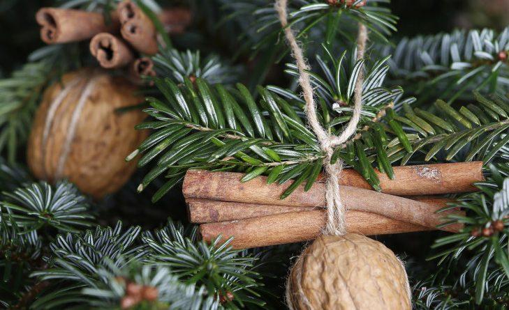Украшения на елку в эко-стиле