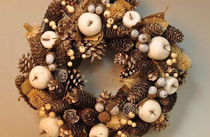 Рождественский венок в эко-стиле