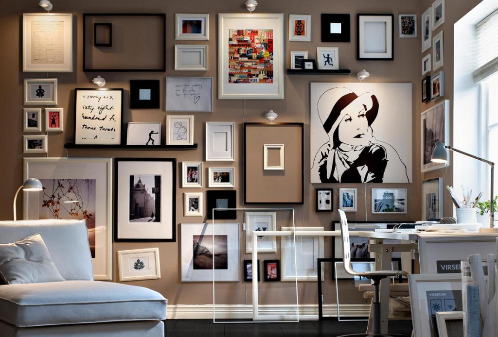 Галерея картин на стене