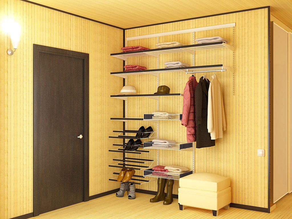 Открытая гардеробная в прихожей