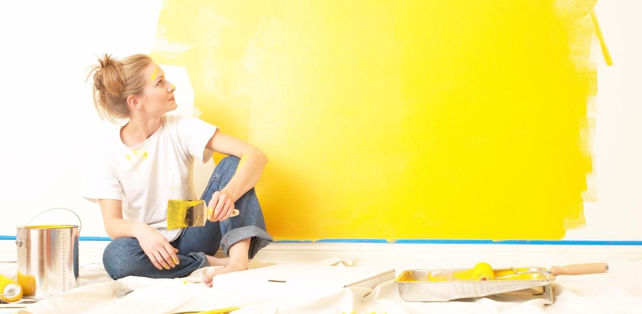 Как быстро избавиться от запаха краски после покраски: основные способы