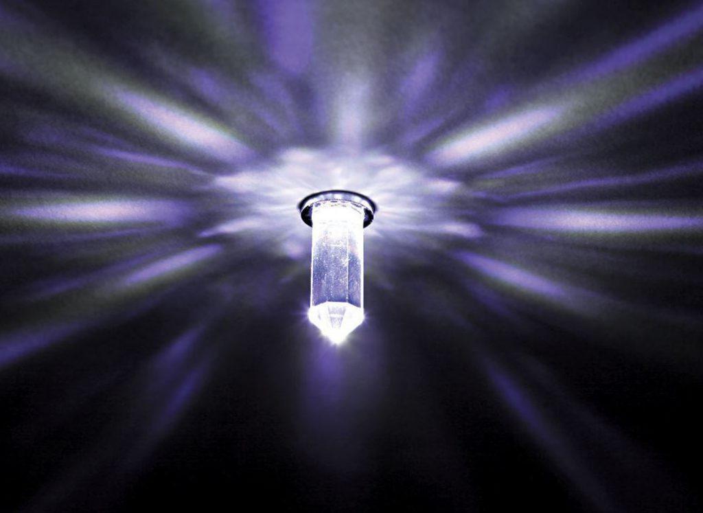 Оптоволоконный светильник на потолок