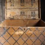 Вторая жизнь старого сундука - реставрация и техники оформления