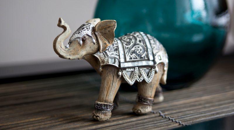 Фигурки животных в интерьере – декор или талисман